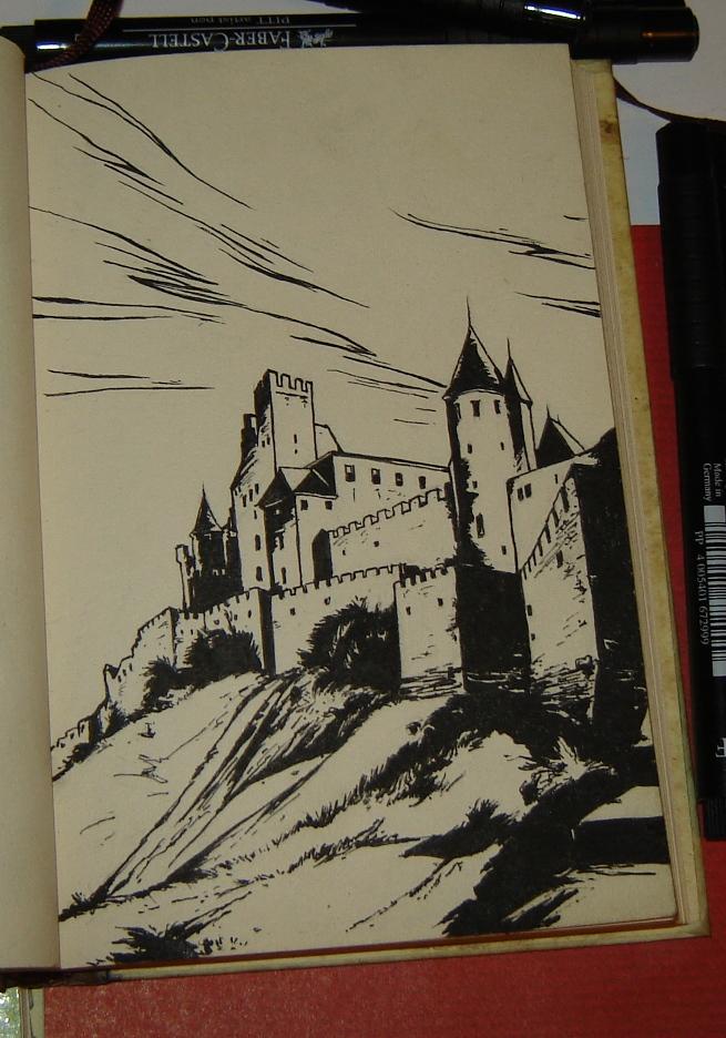 замок Горменгаст (одна из частей)